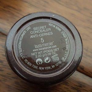 laura mercier Makeup - Laura Mercier Secret Concealer